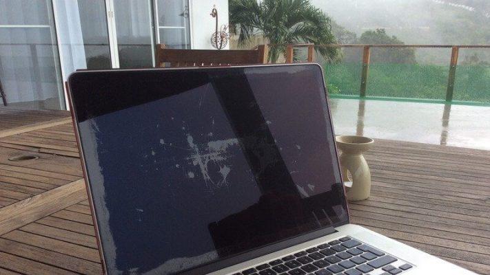 Màn hình Retina Macbook bị tróc lớp chống chói