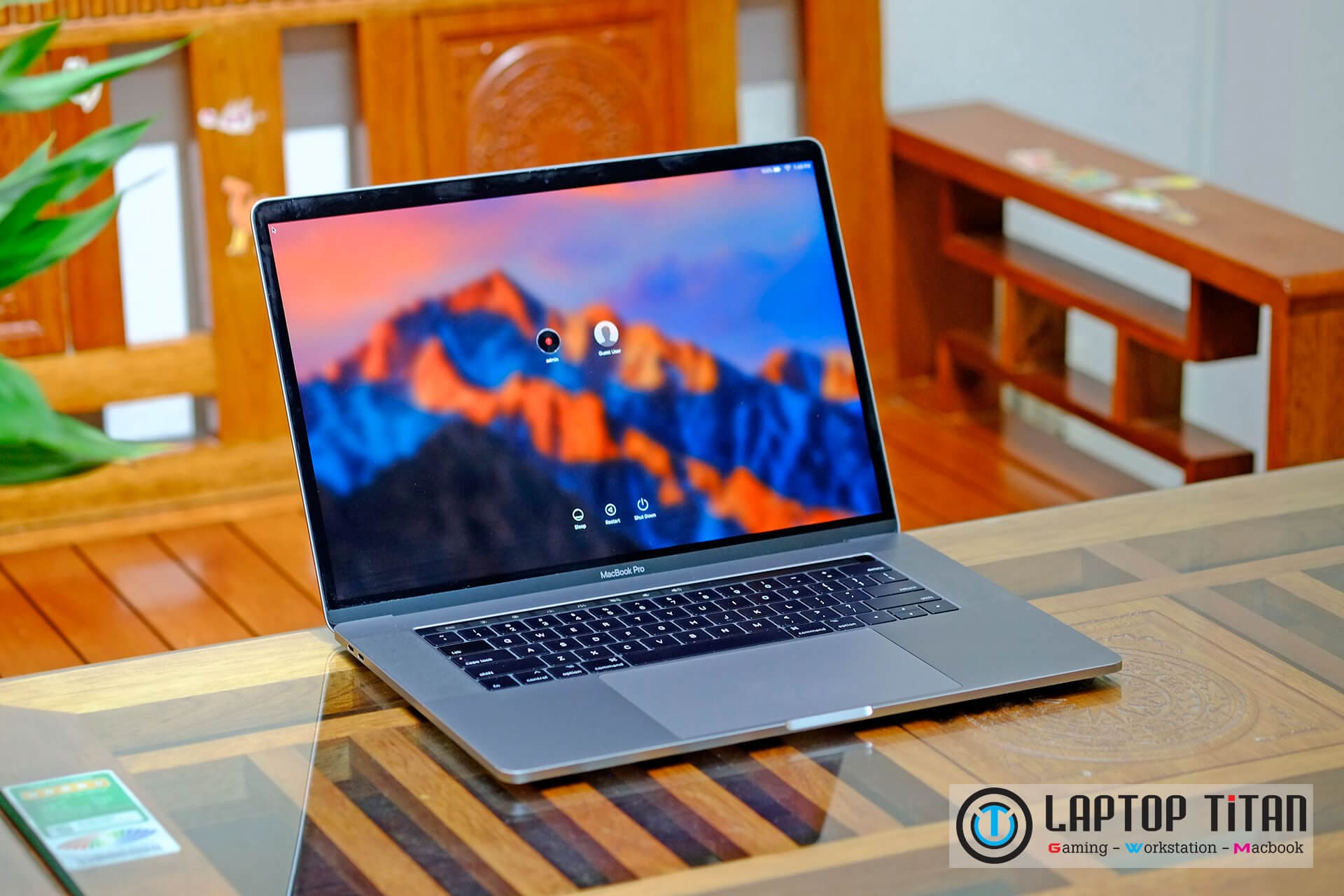 Macbook Pro Touchbar 15 Inch Laptoptitan 02
