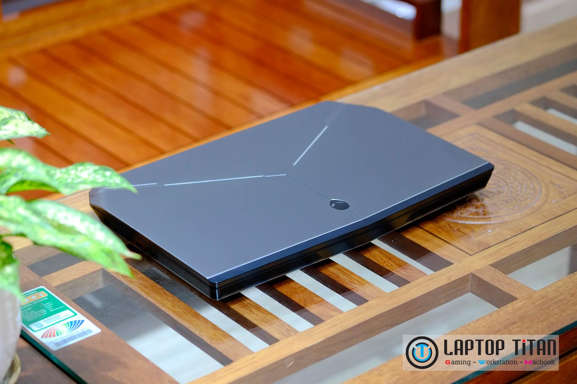 """Dell Alienware 15 R2 Core i7 6700HQ / 16GB / 128GB + 1TB / GTX 970M 3GB / 15.6"""" FHD"""