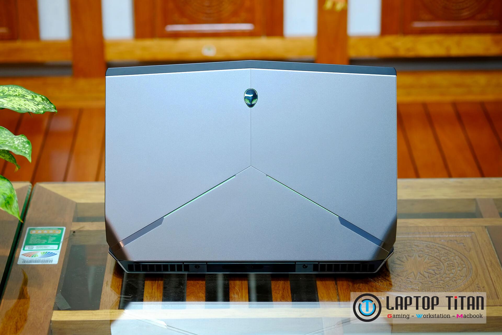 Dell Alienware 15 R2 5 1