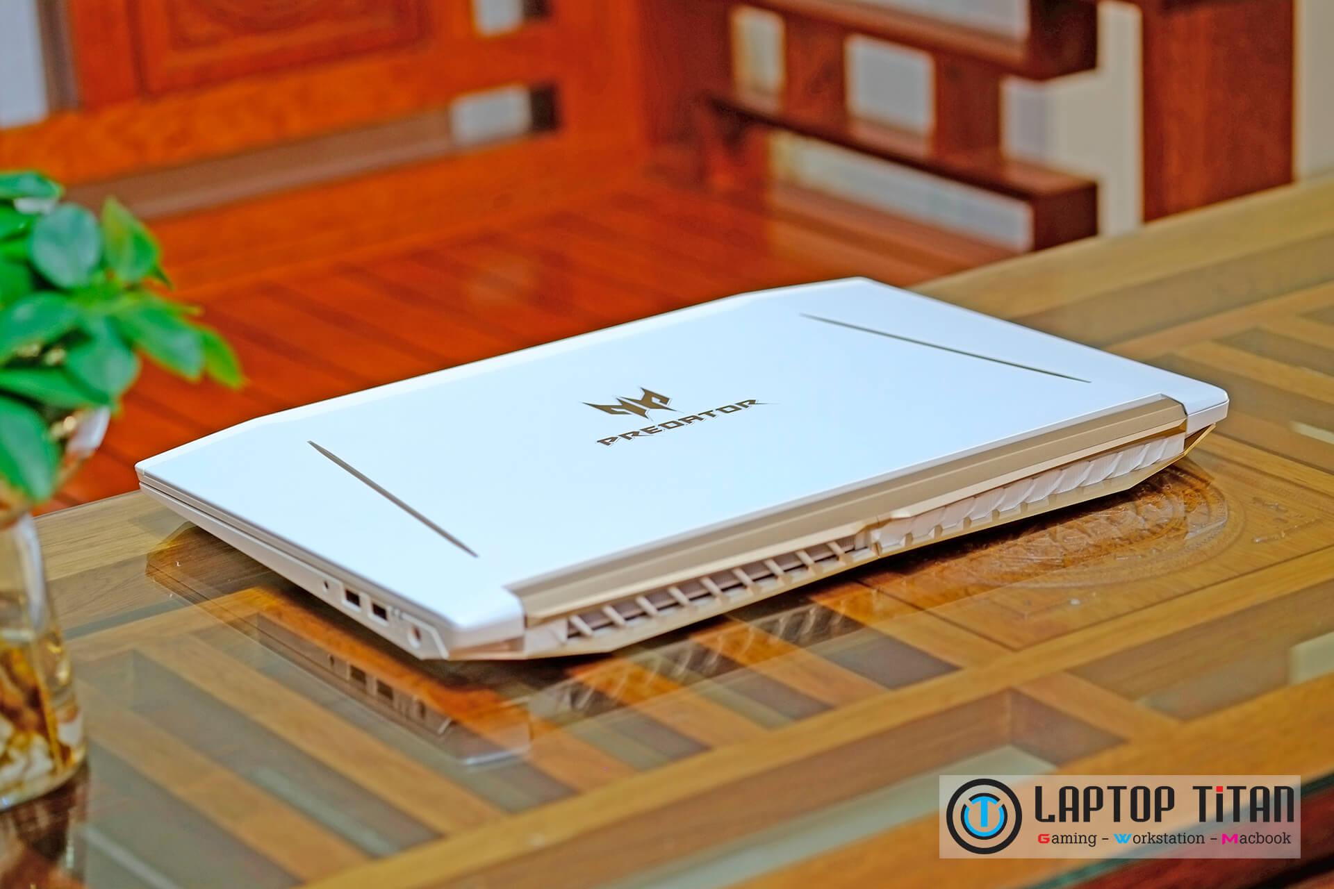 Acer Predator Helios 300 Special Edition Core i7 8750H / GTX 1060 6GB / 15.6-inch FHD 144Hz