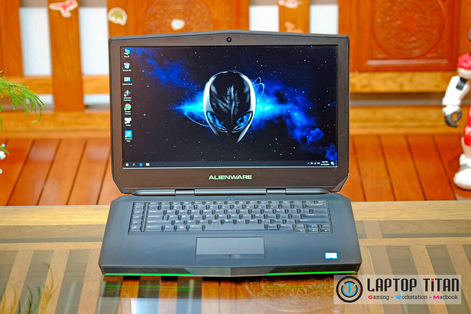 Dell Alienware 15 R2 Core i5 6300HQ / 8GB / 128GB + 1TB / GTX 965M / 15-inch FHD