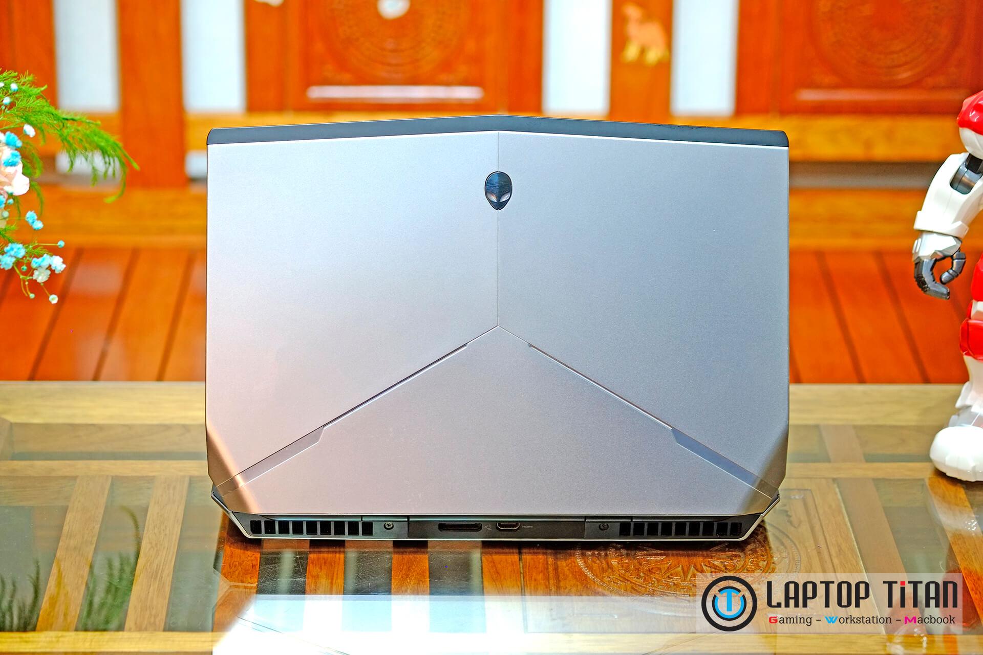 Dell Alienware 15 R2 007