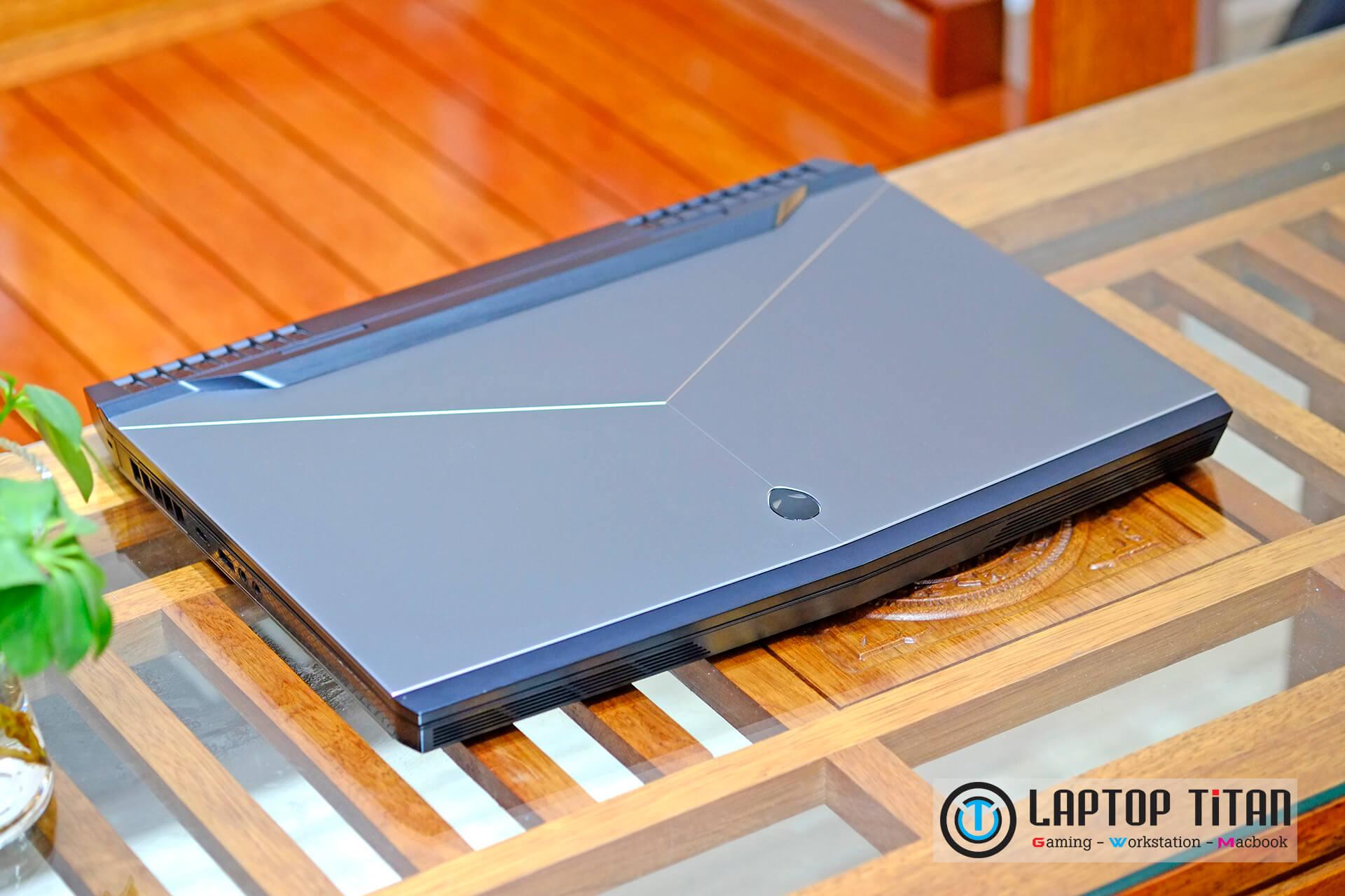 Dell Alienware 17 R4 Laptoptitan 002 1