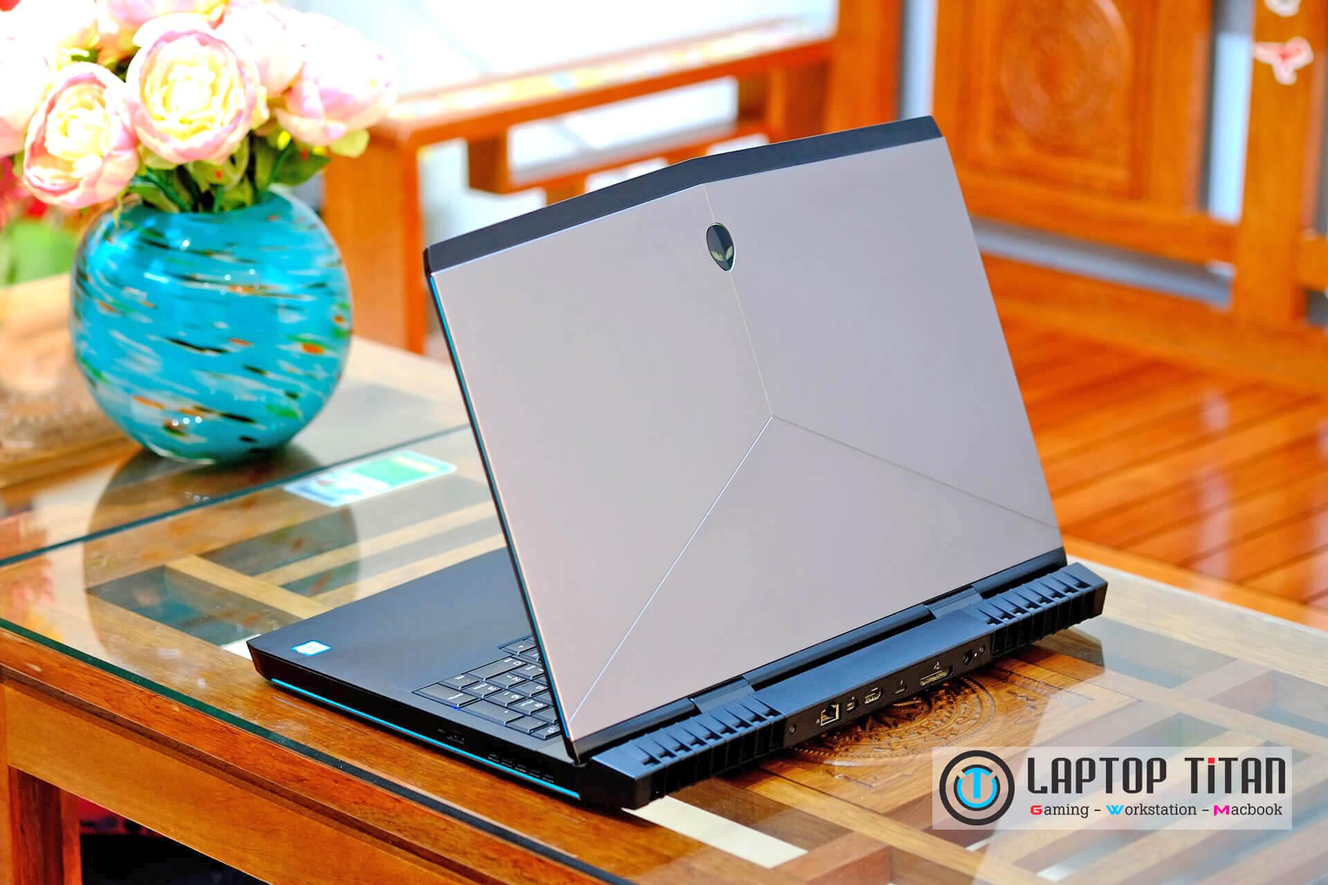 Dell Alienware 17 R4 Laptoptitan 004