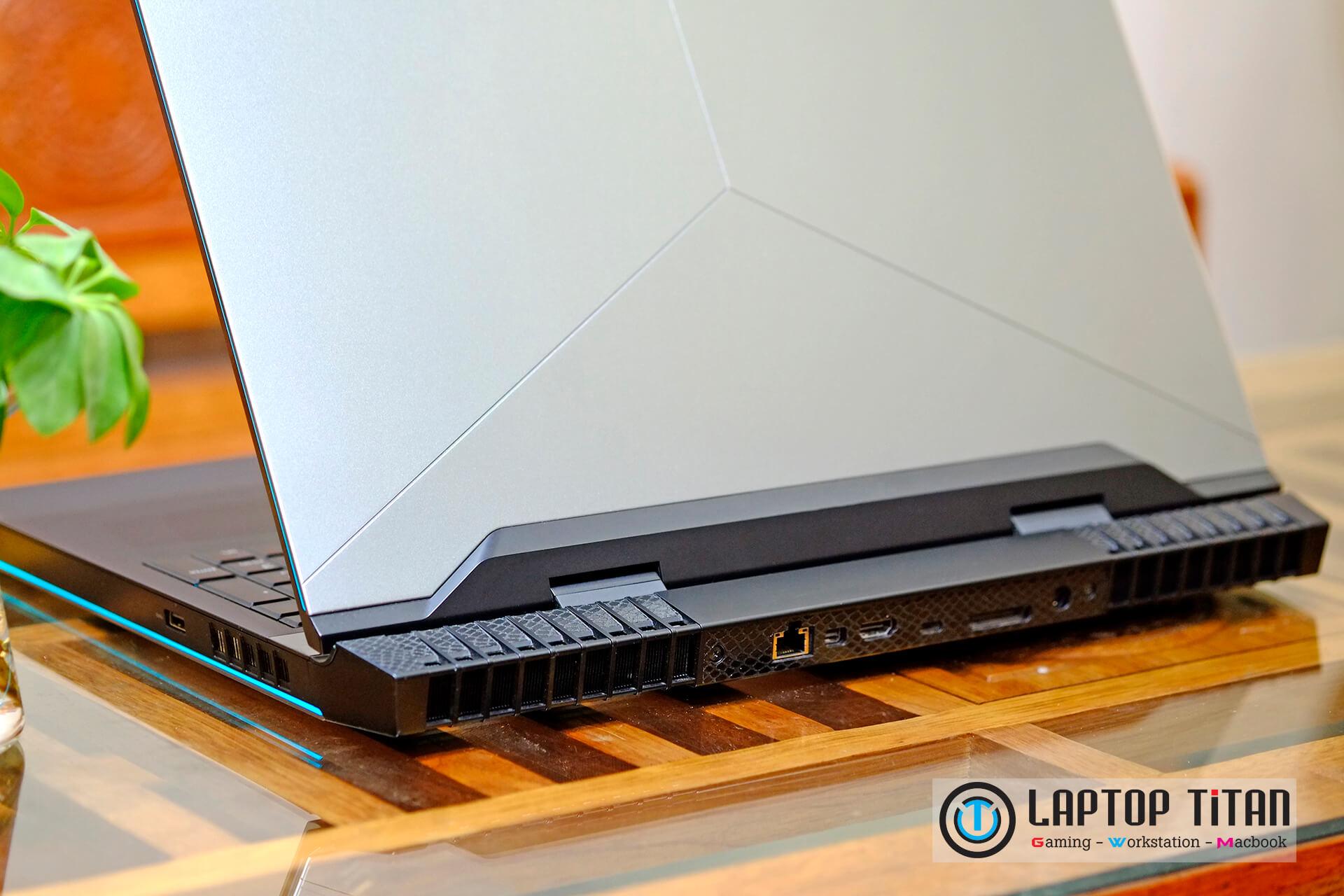 Dell Alienware 17 R4 Laptoptitan 008