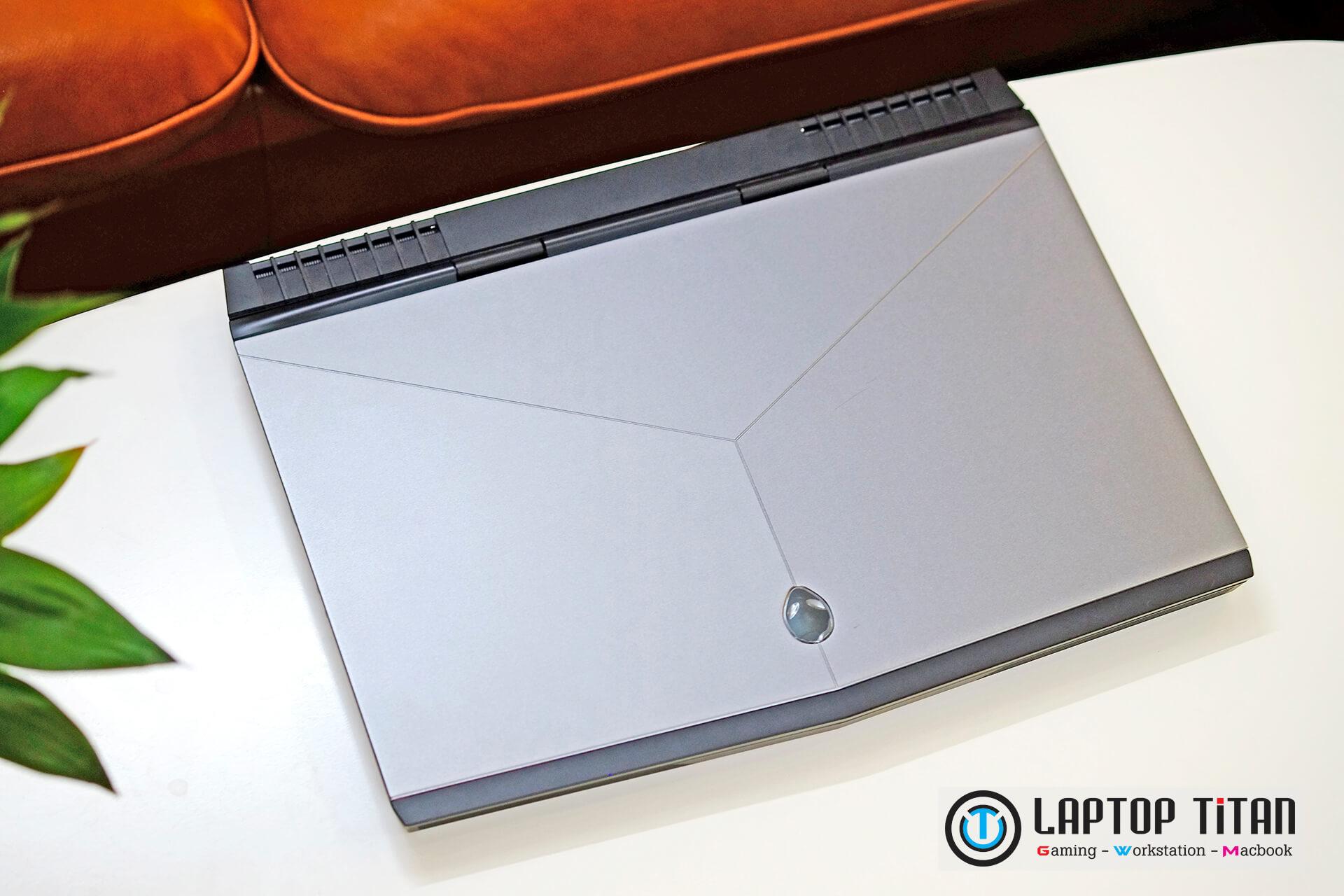 Dell Alienware 15 R3 R4 Laptoptitan 02